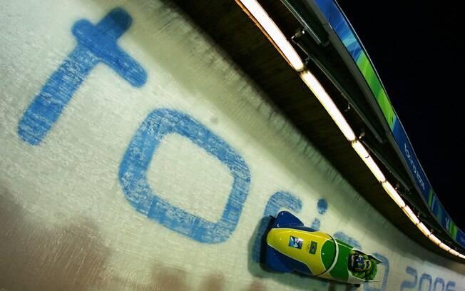 Claudinei Quirino fez parte da equipe do Brasil de bobsleigh nas Olimpíadas de Inverno de 2006, em Turim