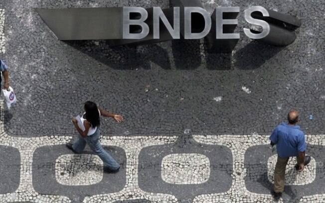 """""""Acabou aquela época em que alguém podia falar que o BNDES era uma caixa-preta. A partir de hoje, o BNDES é um banco totalmente transparente"""", comemorou Dyogo Oliveira, presidente da instituição"""