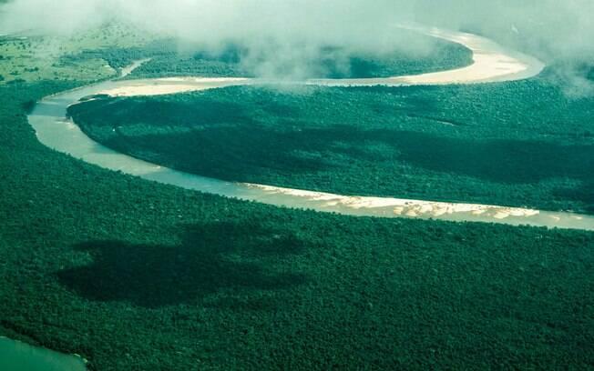 A única das ilhas remotas da lista que fica num rio, a Ilha do Bananal é a maior do tipo em todo o Planeta Terra