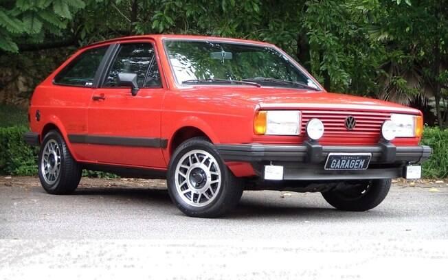 VW Gol GT se destacava por conta da pintura que tomava até mesmo a grade, bem como faróis de neblina e milha
