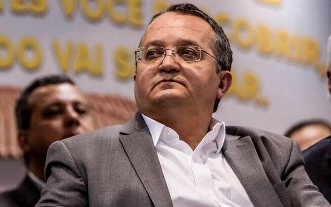 """Taques: """"Não há condição de Cunha presidir Câmara"""""""
