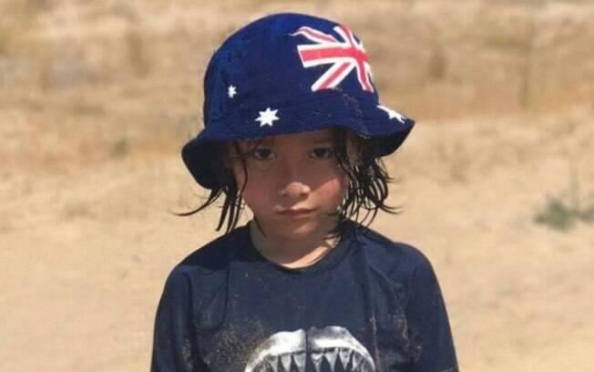 Família de Julian Cadman, de 7 anos, divulgou que não conseguiu localizar a criança até agora