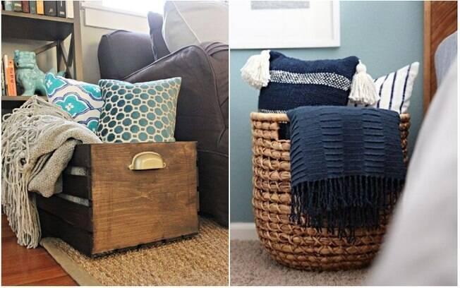 Para quem não curte ter muita coisa no sofá, um cesto com cobertores e travesseiros também é uma boa pedida