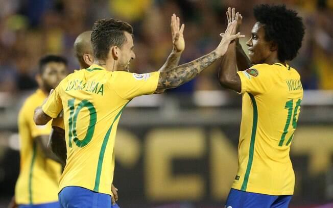 Em 2016, a seleção brasileira disputou a Copa América sem Neymar. Lucas Lima foi o camisa 10.
