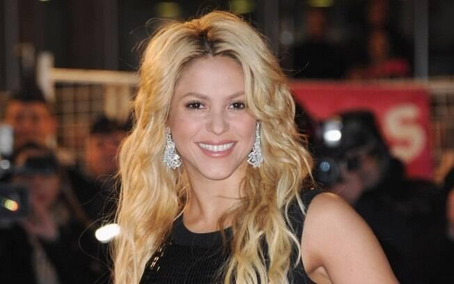 Shakira é acusada de ameaçar ex-empregados