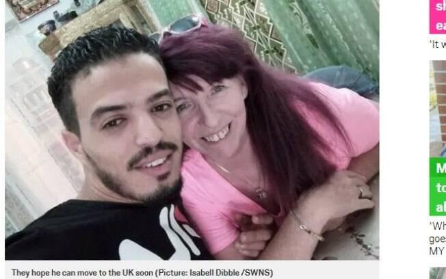 Bayram Boussada tem 26 anos e Isabell Dibble tem 62