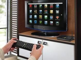 Internet Box vem com adpatador e controle remoto