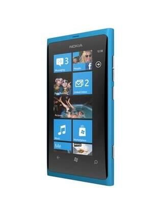 Lumia 800: dificuldade para atrair interesse dos consumidores