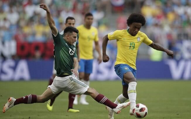Willian em ação pela seleção brasileira na Copa do Mundo