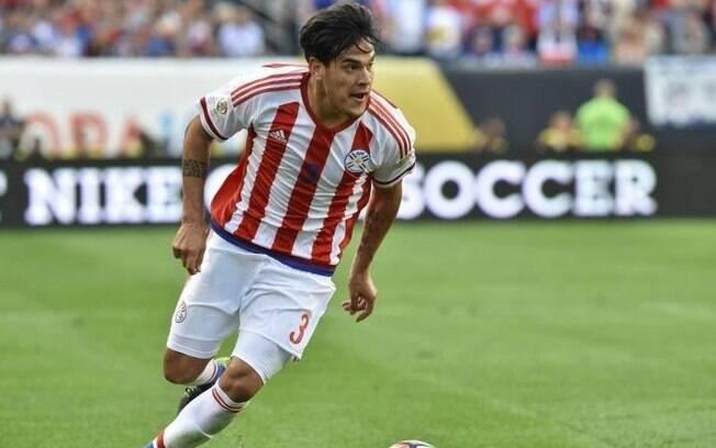 Gustavo Gómez em ação pela seleção do Paraguai