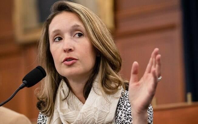 A professora de engenharia Lauren Gardner liderou a criação do painel que monitora a Covid-19 da Universidade Johns Hopkins