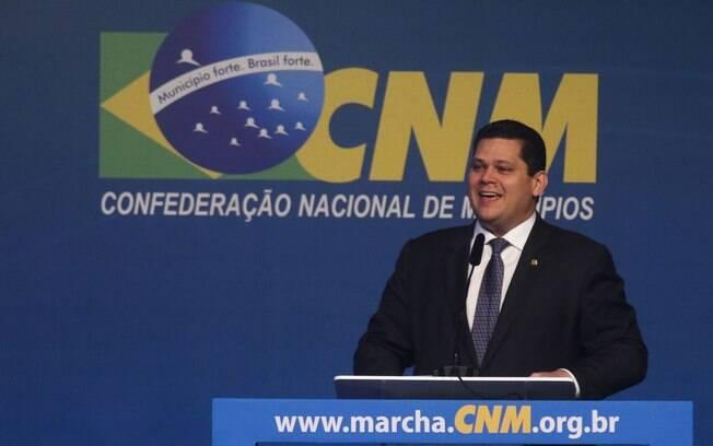 Presidente do Senado, Davi Alcolumbre (DEM-AP) discursou durante a 22ª Marcha a Brasília em Defesa dos Municípios