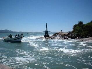 Barra da Lagoa: águas tranquilas e belas paisagens