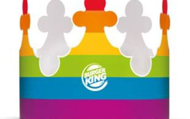 Burger King vai distribuir coroas coloridas em celebração a Parada Gay de São Paulo