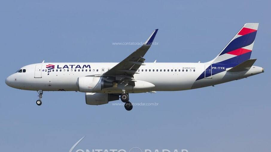 LATAM pretende contratar mais de 700 tripulantes nos próximos meses