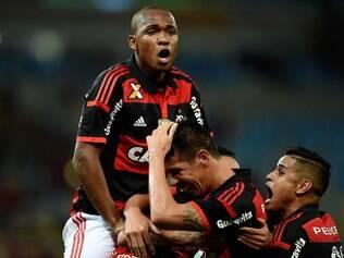 Flamengo dá espetáculo no Maracanã