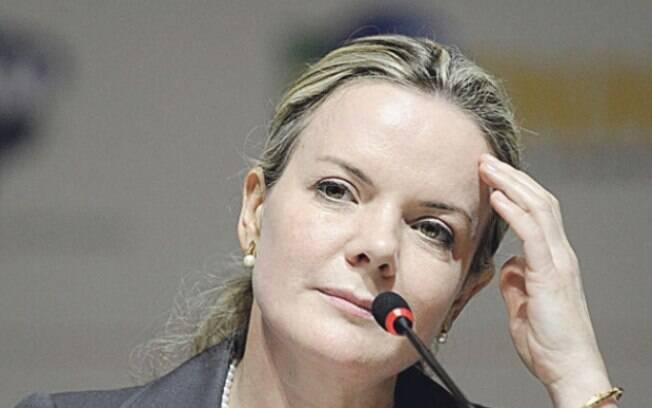 Casada com ex-ministro Paulo Bernardo, senadora Gleisi Hoffman também está na mira da PF