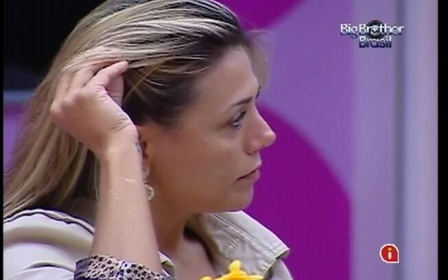 Sister chora ao pensar que pode perder a disputa pelo 1,5  milhão