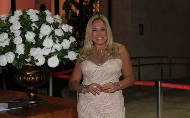 Susa Vieira no leilão da Apae
