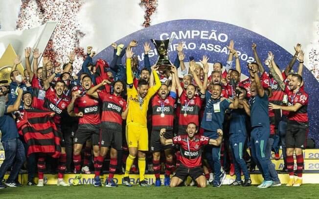 Globo atinge pico de 45 pontos de audiência no Rio com novo título brasileiro do Flamengo