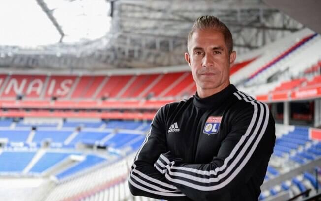 Técnico Sylvinho foi demitido do Lyon