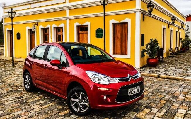 Citroën C3 da atual geração deixou de ter a versão mais equipada Exclusive na reformulação da linha no Brasil