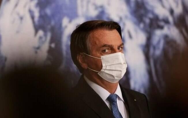 Bolsonaro pode ser julgado em Haia por gestão da pandemia?