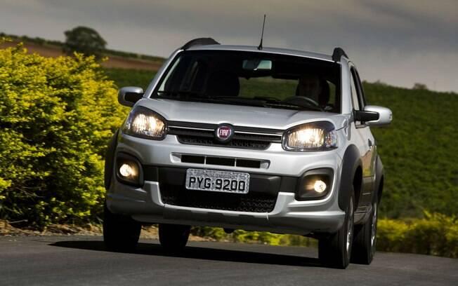 Fiat Uno: um dos carros mais vendidos do Brasil ao longo dos anos. Atualmente, perde espaço para o subcompacto Mobi