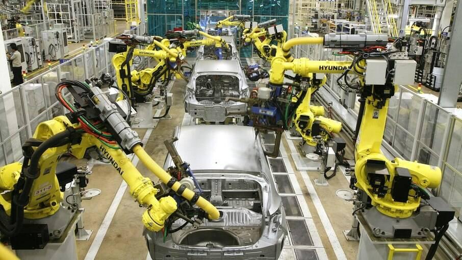Hyundai suspende fabricação de veículos até segunda-feira (12)