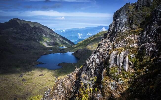 Quem viajar para a Costa Rica também vai se surpreender com os seus picos, e atividades que vão de rapel a escalada