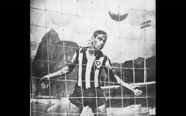 Dino da Costa morre aos 89 anos