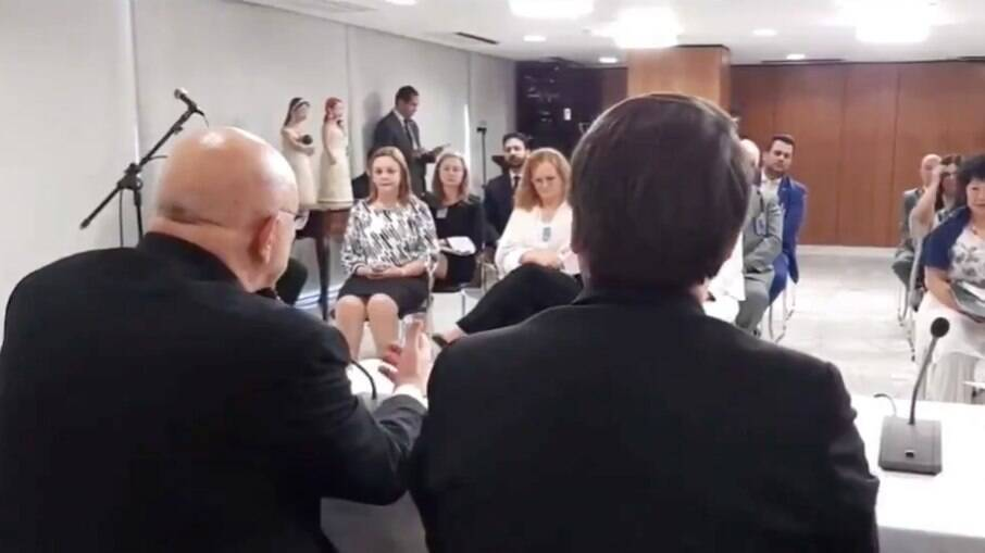 'Ministério Paralelo' durante reunião em setembro