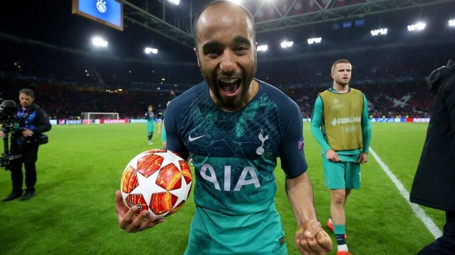 Antes de brilhar no Tottenham, Lucas Moura começou no São Paulo