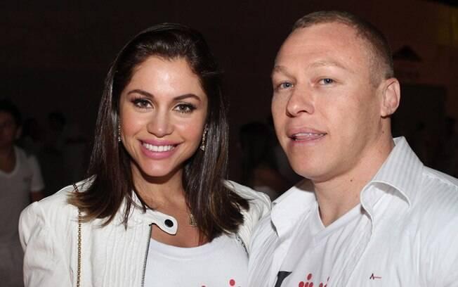 Maria com o namorado Rodrigo Comotti