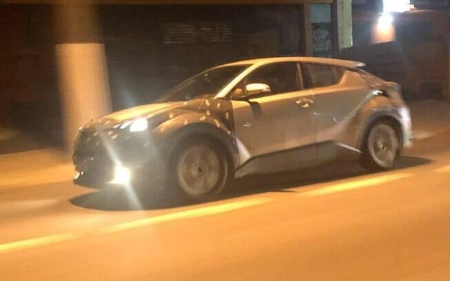 Toyota C-HR: SUV da marca japonesa está fora dos planos da marca no Brasil, mas testa componentes da nova plataforma