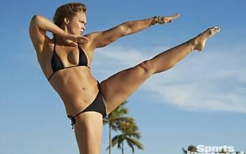 Evento de mulheres usando lingerie sonha em contratar Ronda Rousey