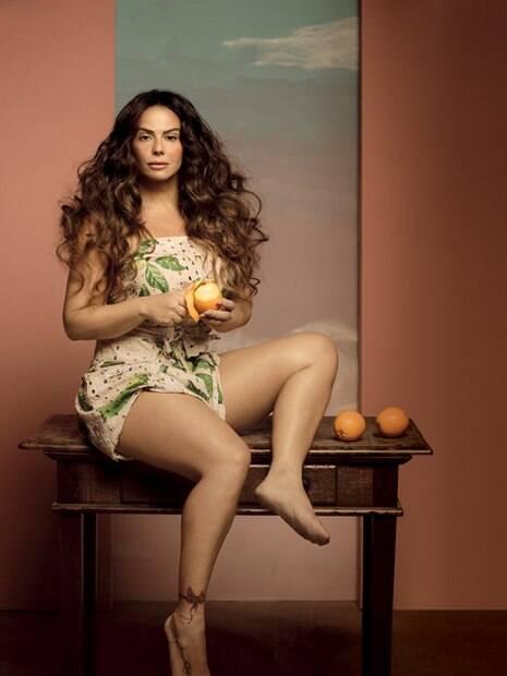 Viviane Araujo como Gabriela na capa da Revista Joyce Pascowitch