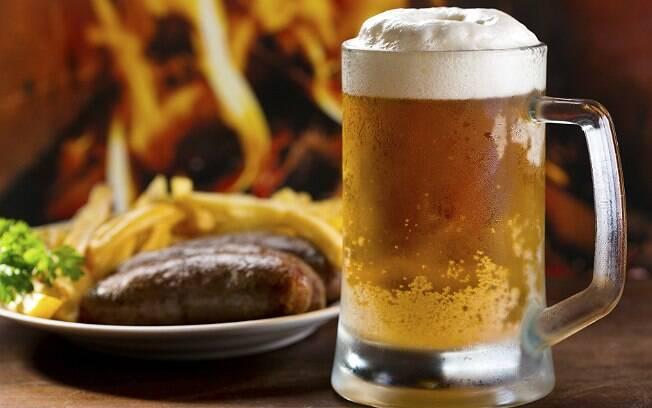 Promessas da Quaresma: blogueiro abriu mão das refeições sólidas por cerveja e outros líquidos