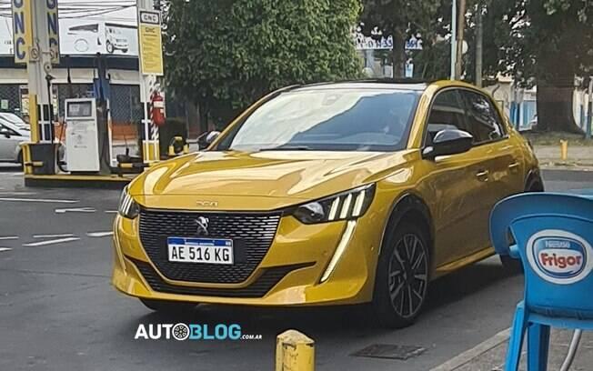Peugeot 208 GT-Line será importado da Eslováquia