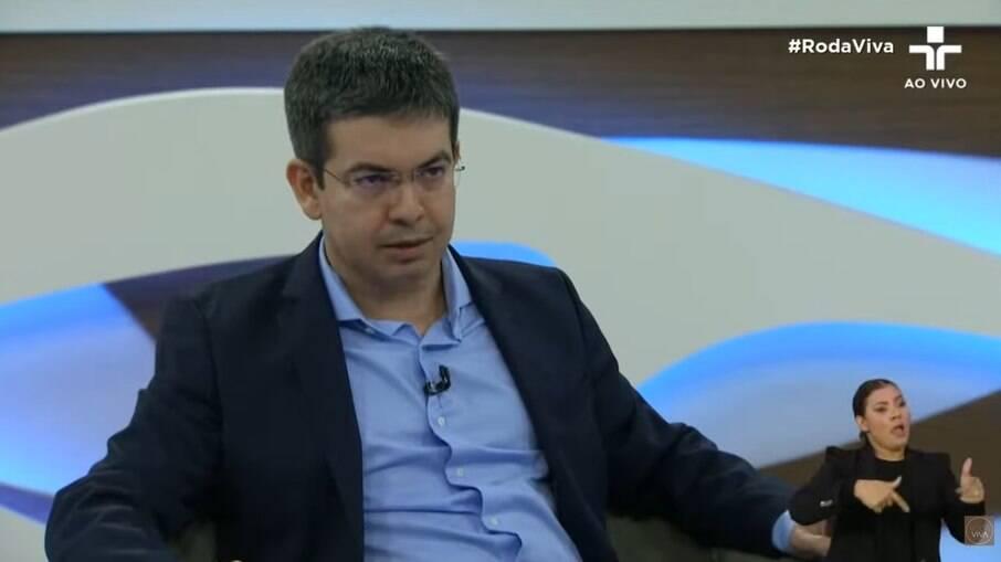 Randolfe Rodrigues participou do Roda Viva na última segunda-feira (30)