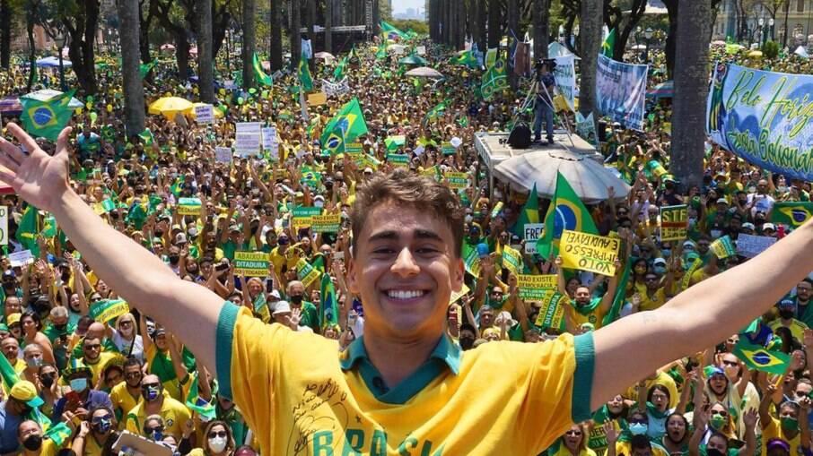 O vereador bolsonarista Nikolas Ferreira, de Belo Horizonte, nas manifestações de 7 de setembro