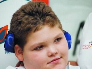 Vacina. Pai de Pedro Arthur – menino que a doença deixou tetraplégico – luta por maior cobertura