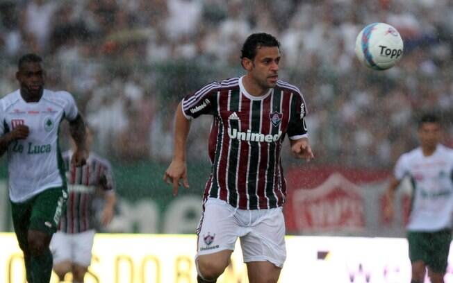 Fluminense, do atacante Fred, encarou o  Boavista debaixo de forte chuva em Bangu
