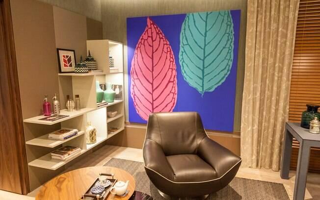 Sala de estar, cozinha e jantar estão juntas no ambiente projetado por Graciela