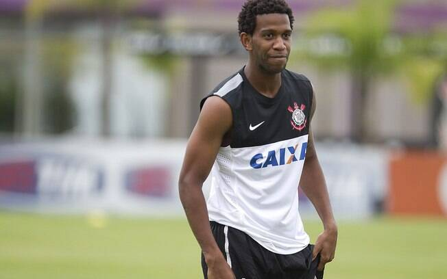 Gil, zagueiro do Corinthians