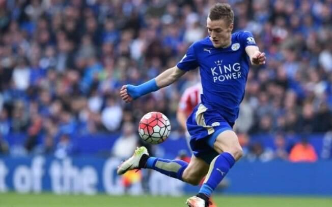 O Leicester de Vardy joga nesta sexta-feira pelo Inglês