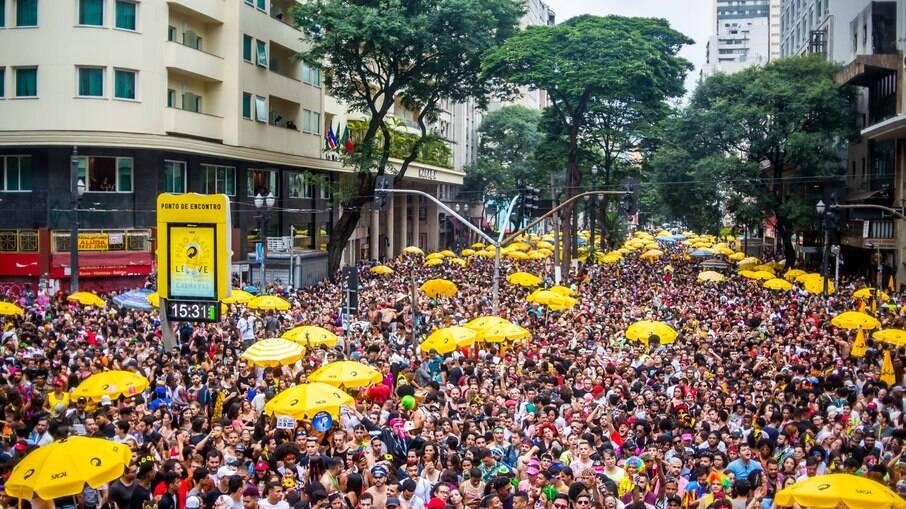 Bloco Minhoqueens, no Carnaval de rua, em São Paulo