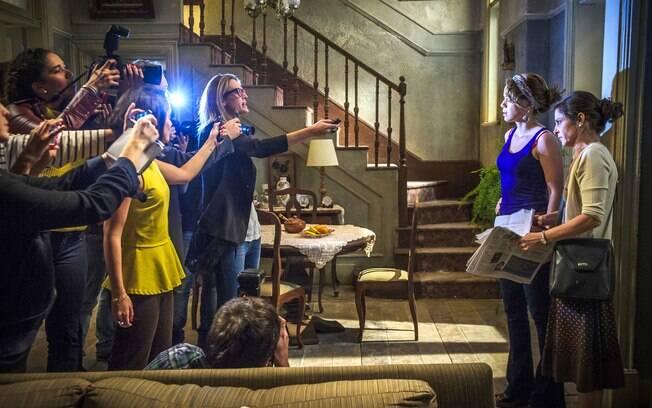 Cristina surpreendida pela imprensa em sua casa