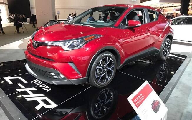 Toyota C-HR está entre os modelos expostos no Salão de Detroit. Nos EUA, já vai começar a ser vendido