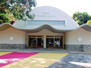 Verde. A fachada do teatro também foi restaurada e recebeu nova pintura: o público poderá conferir na abertura do FIT-BH, no dia 6